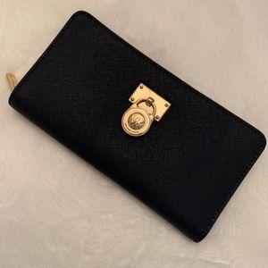 Michael Kors Navy Blue Zip Around Wallet